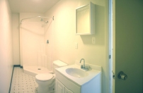 2nd floor bathroom2